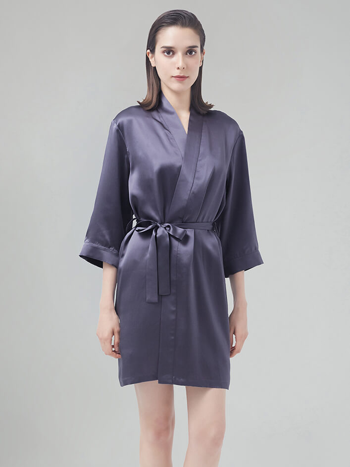 22 Momme Graceful Long Silk Robe With Stand Collar