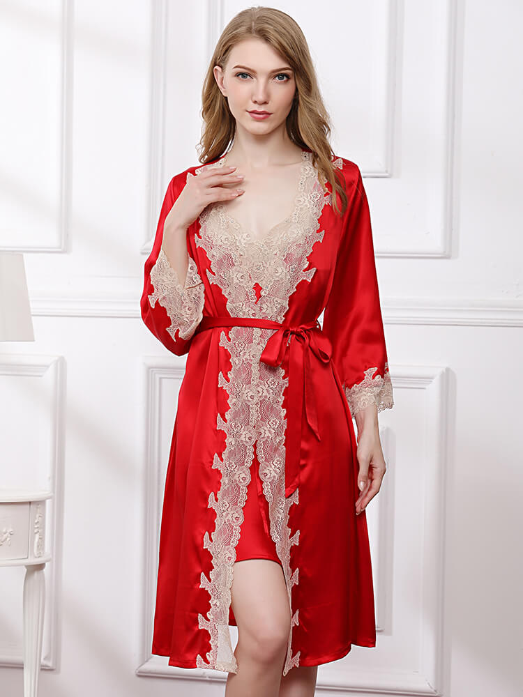 Long Silk Nightgown And Robe Set With Lace Decoration