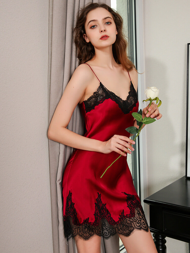 19 Momme Sexy V-neck Silk Chemise Slip With Delicate Lace